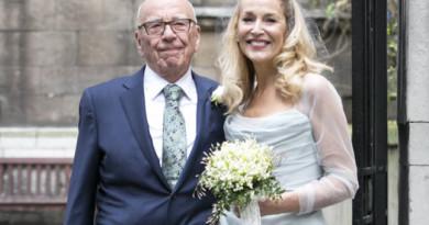 Just married: Der Medien-Tycoon und die Rock-Braut